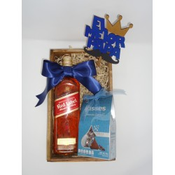 Arreglo de WISKY 750ML. y chocolates kisses