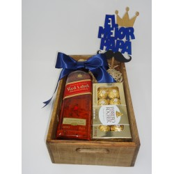 ARREGLO DE WISKY JOHNNIE WALKER RED LABEL & CHOCOLATES FERRERO